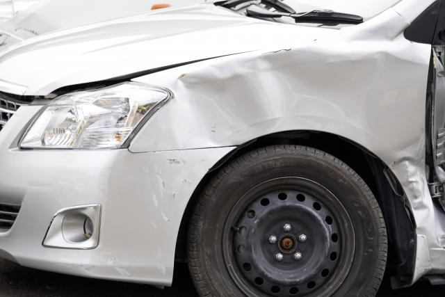 交通事故に遭って健康保険は使えるのか?